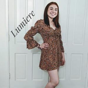 NWT ~ LUMIERE Animal Print Puff Sleeve Dress